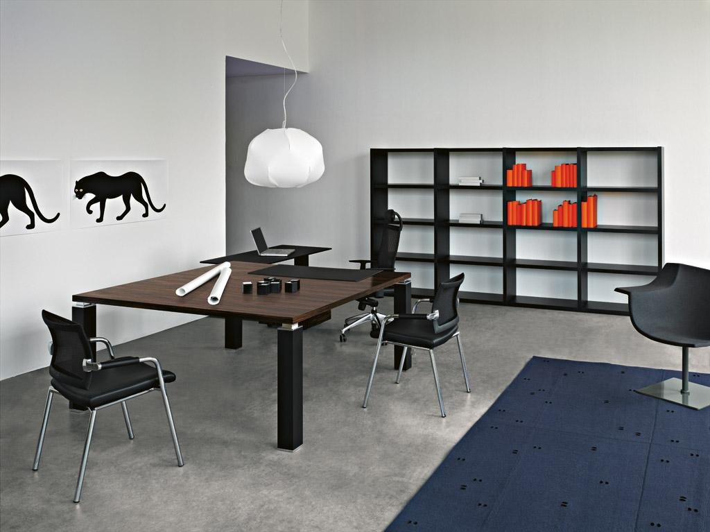 bureau de direction luxe pieds carr s tao. Black Bedroom Furniture Sets. Home Design Ideas