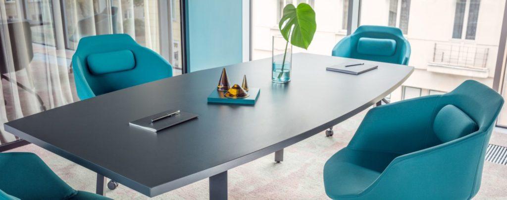 Table de réunion et mobilier coworking