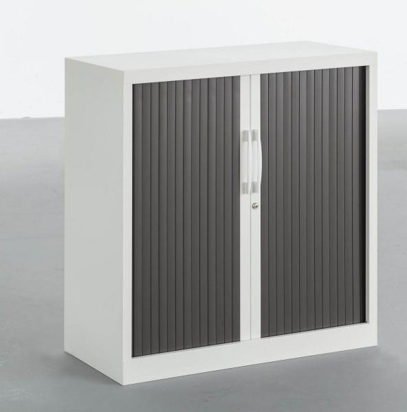 armoire métallique corps blanc et portes noires