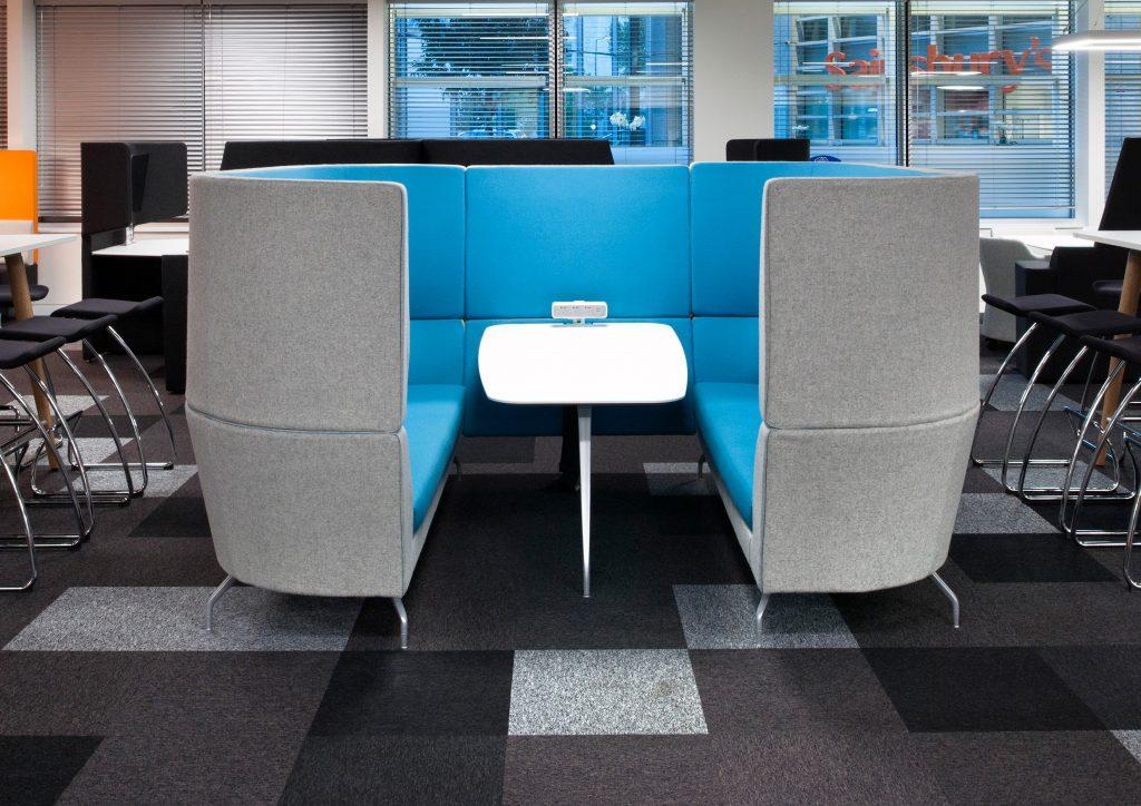 Banquette coworking design pour les espaces professionels for Espace de travail collaboratif