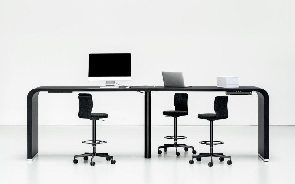 Table de réunion haute pour travailler debout