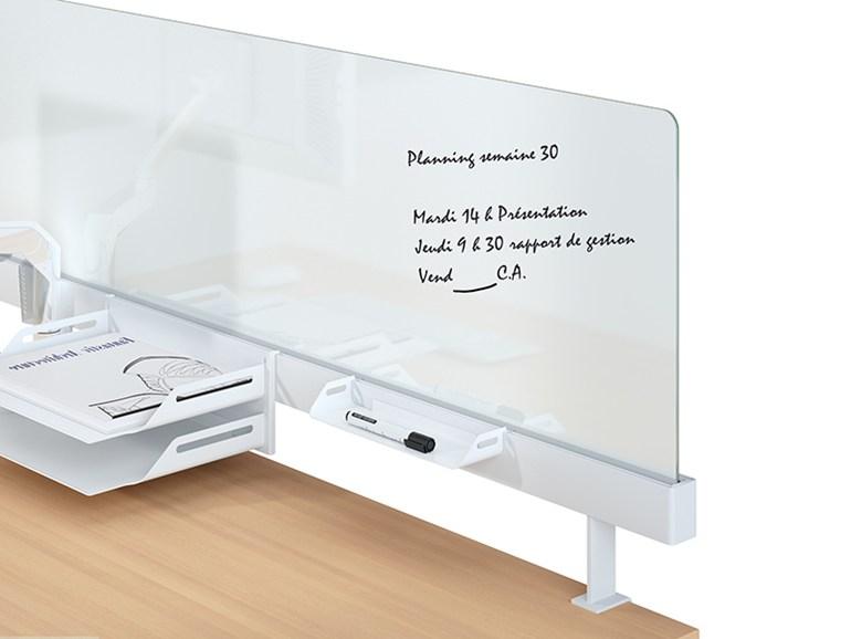 portique avec rail pour accessoires de bureau. Black Bedroom Furniture Sets. Home Design Ideas