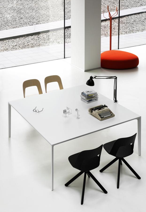 Bureau en bench pour espace de coworking