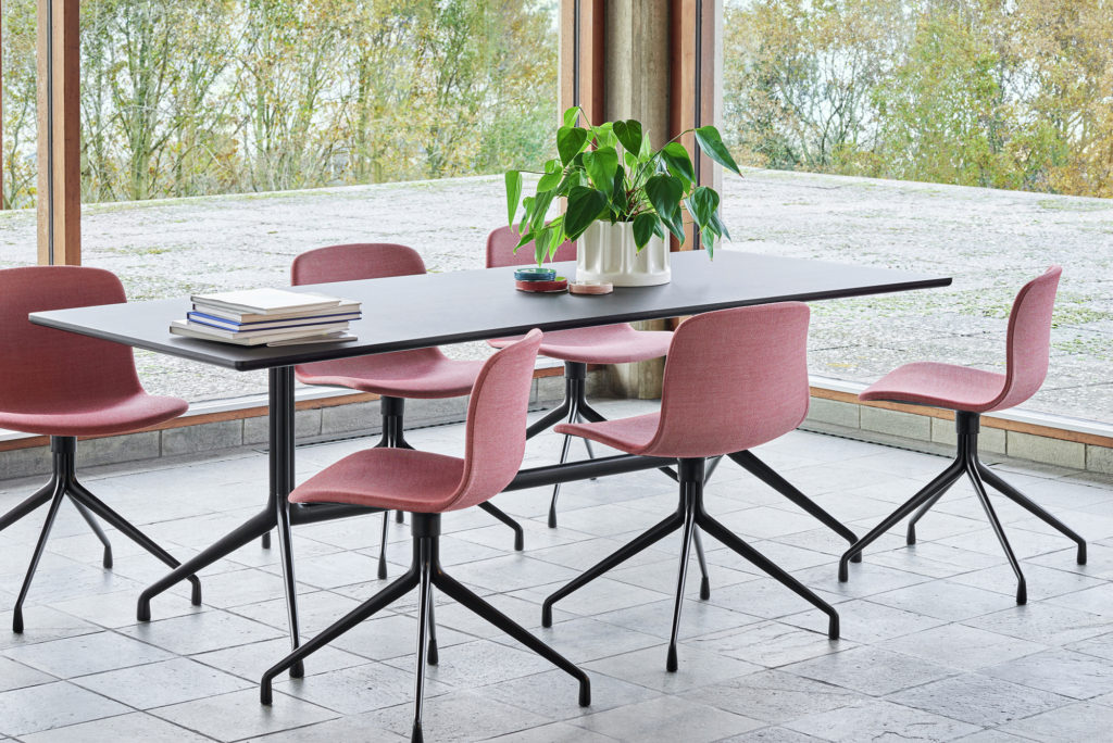 Chaise design ACE pour espace collaboratif