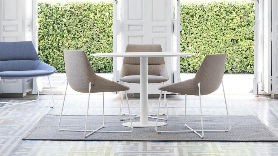 Chaise salle de réunion design DUNES