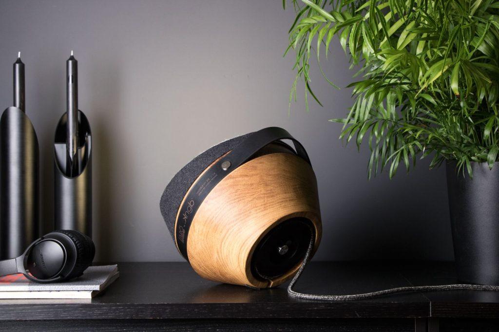 Lampe à poser en bois KNGB