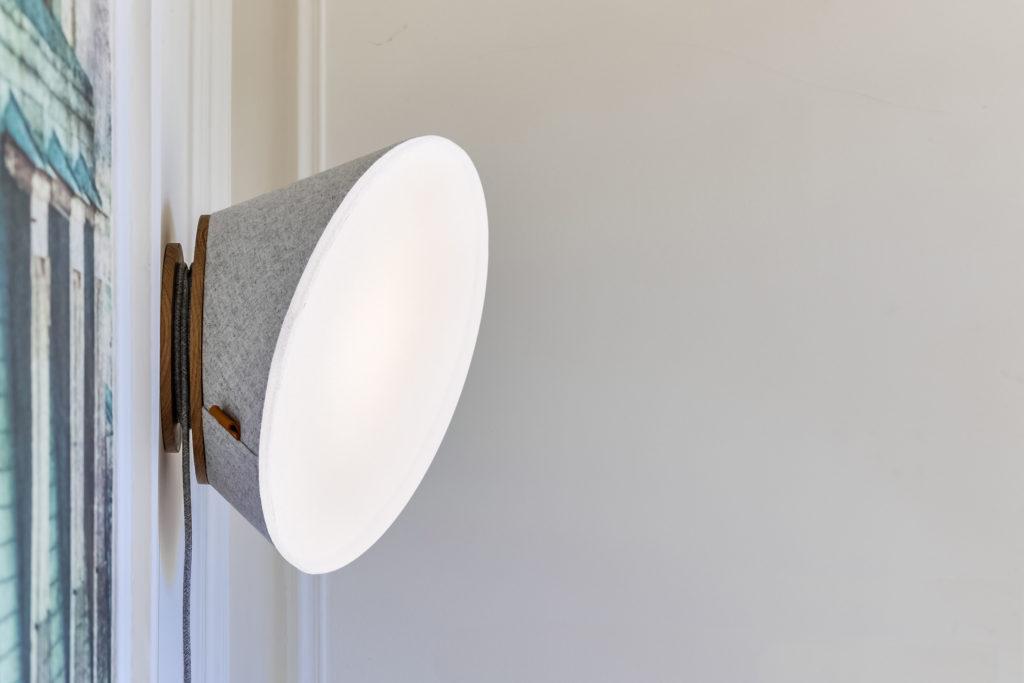 Lampe murale premium KNGB
