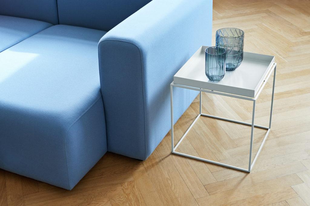 Table basse en acier design nordique