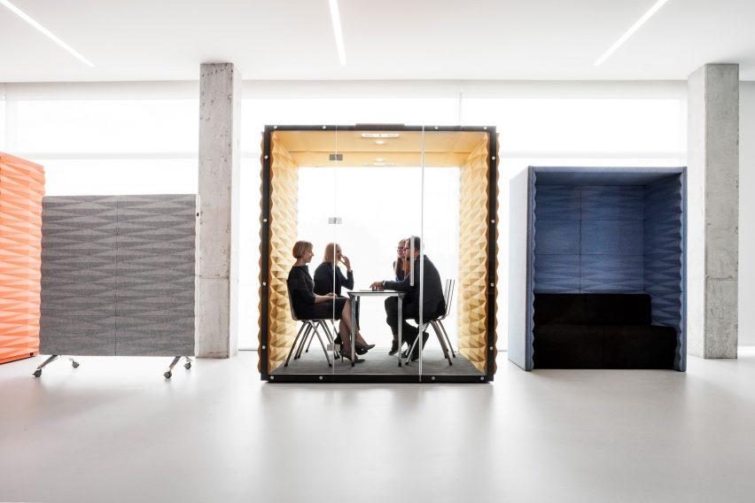 Phone booth de bureau en open space