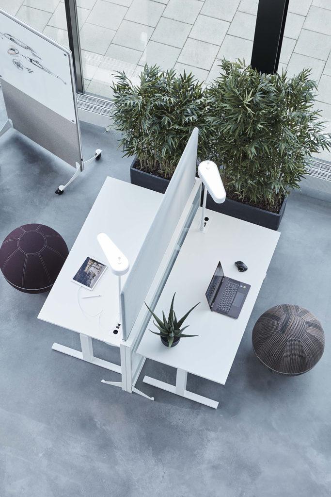 Cloison de bureau réglable en hauteur pour open space