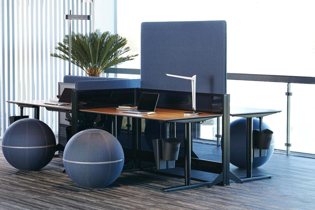 Cloison acoustique pour open space à hauteur réglable