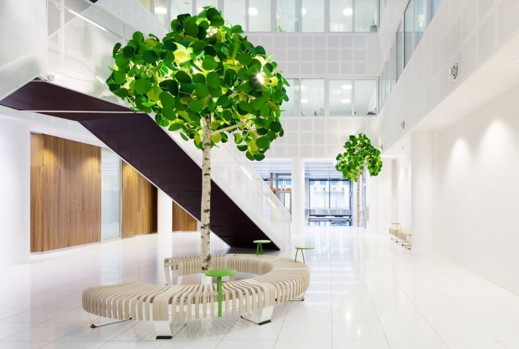 Un grand arbre décoratif pour le bureau avec effet acoustique