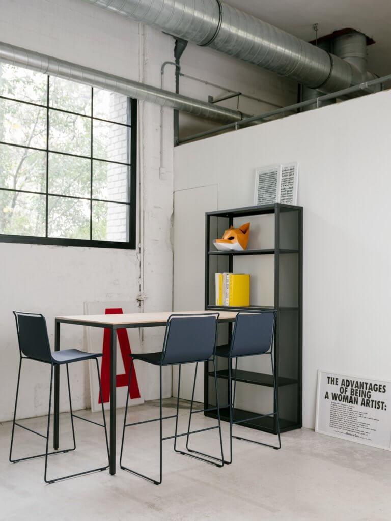 Meuble rangement industriel avec table haute