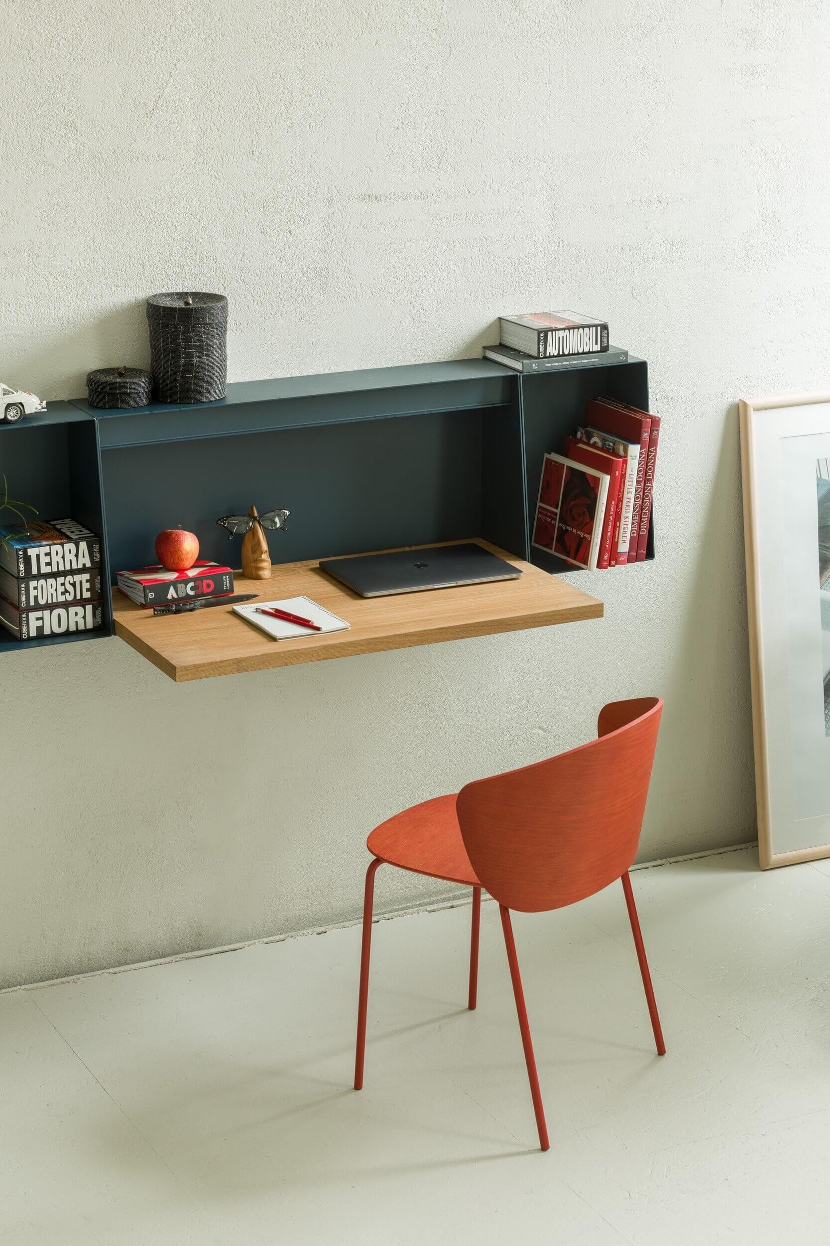 Bureau et étagère muraux design