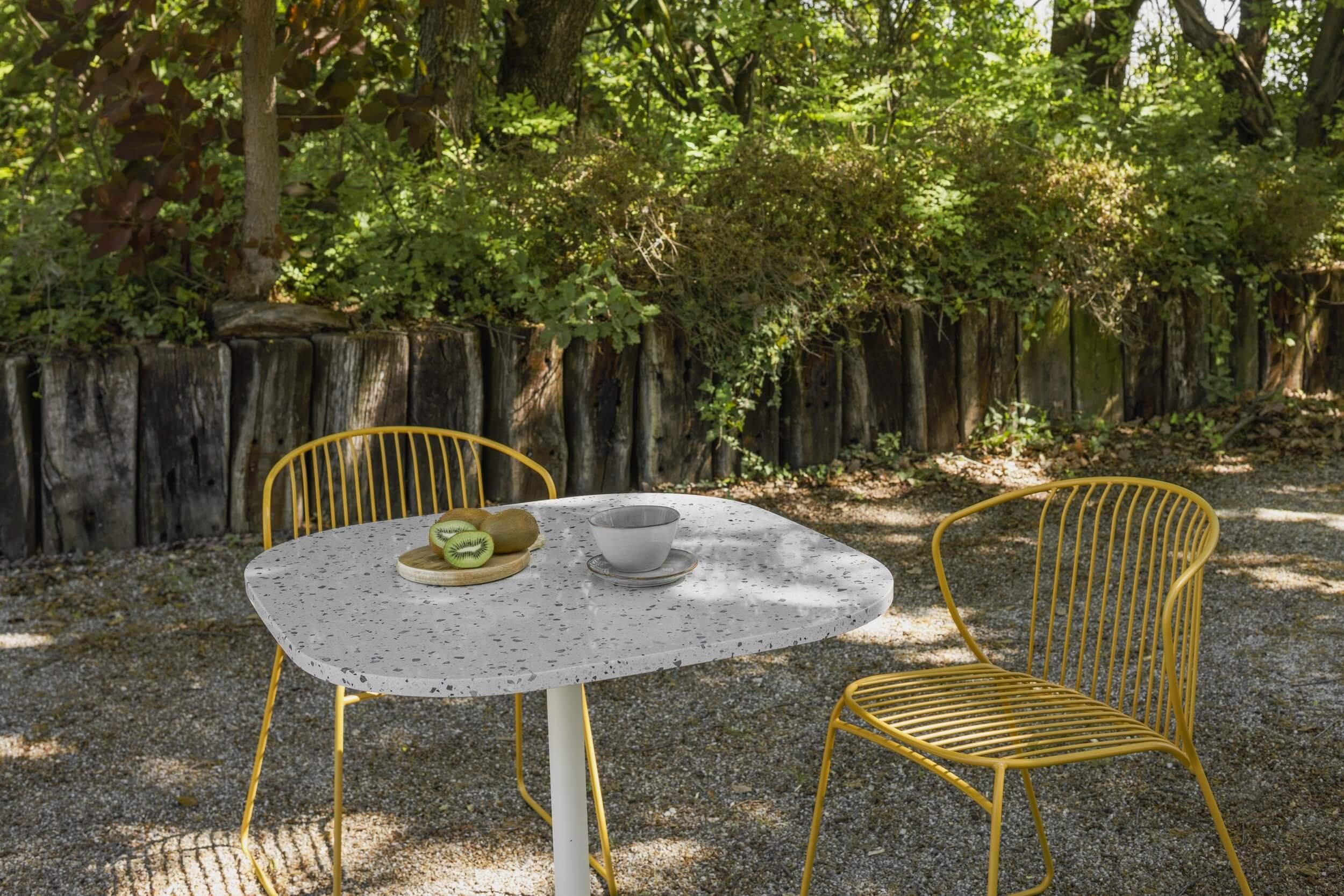 Chaise de terrasse moderne pour les professionnels NOT OUT.