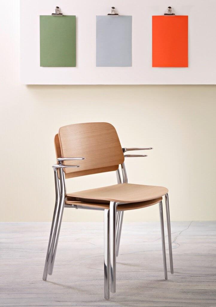 Chaise légère et empilable APPIA