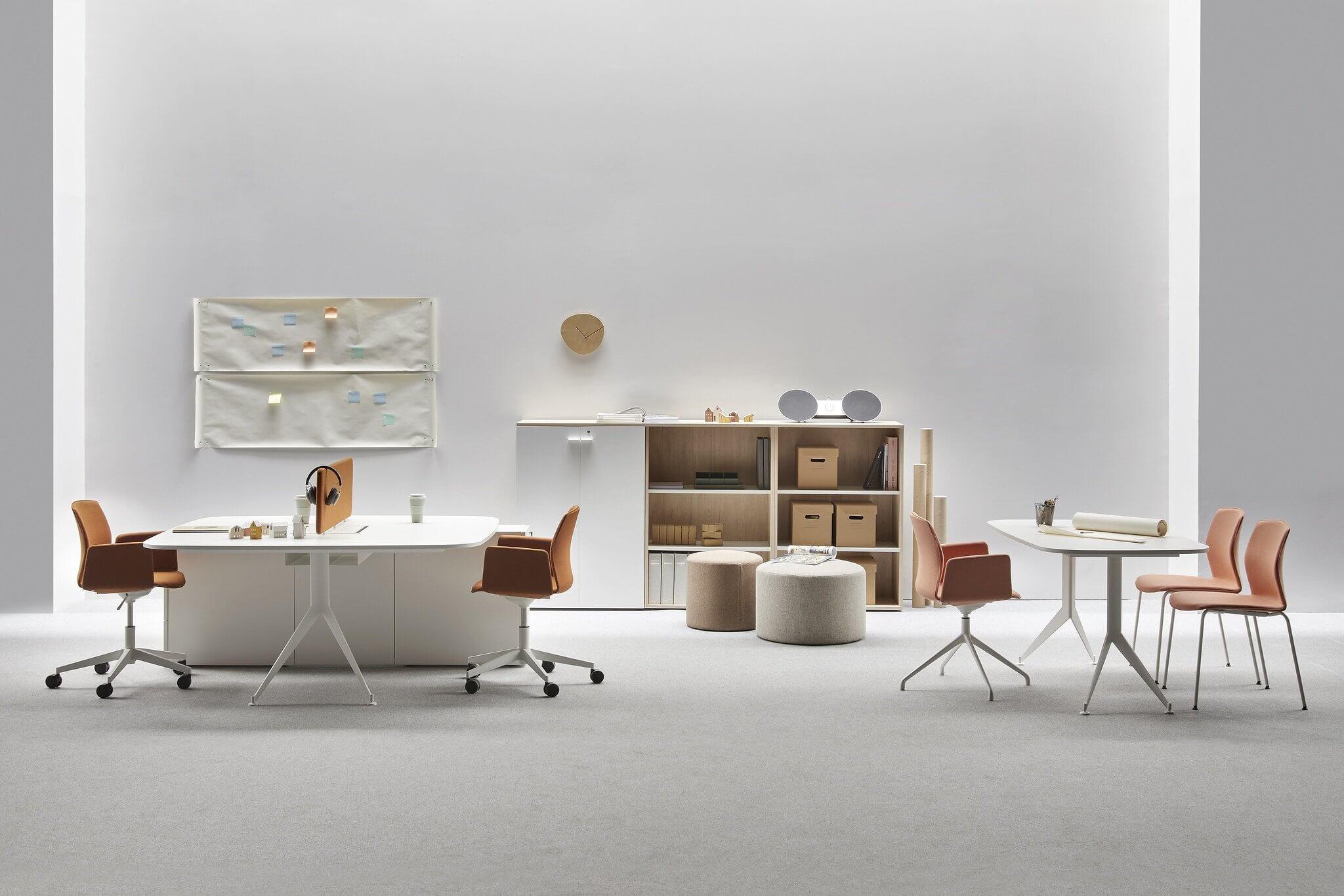 Chaise de réunion design et confortable KB.