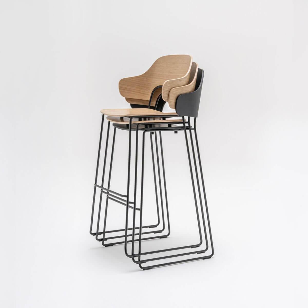 Chaise de restaurant pour table haute FEEL.