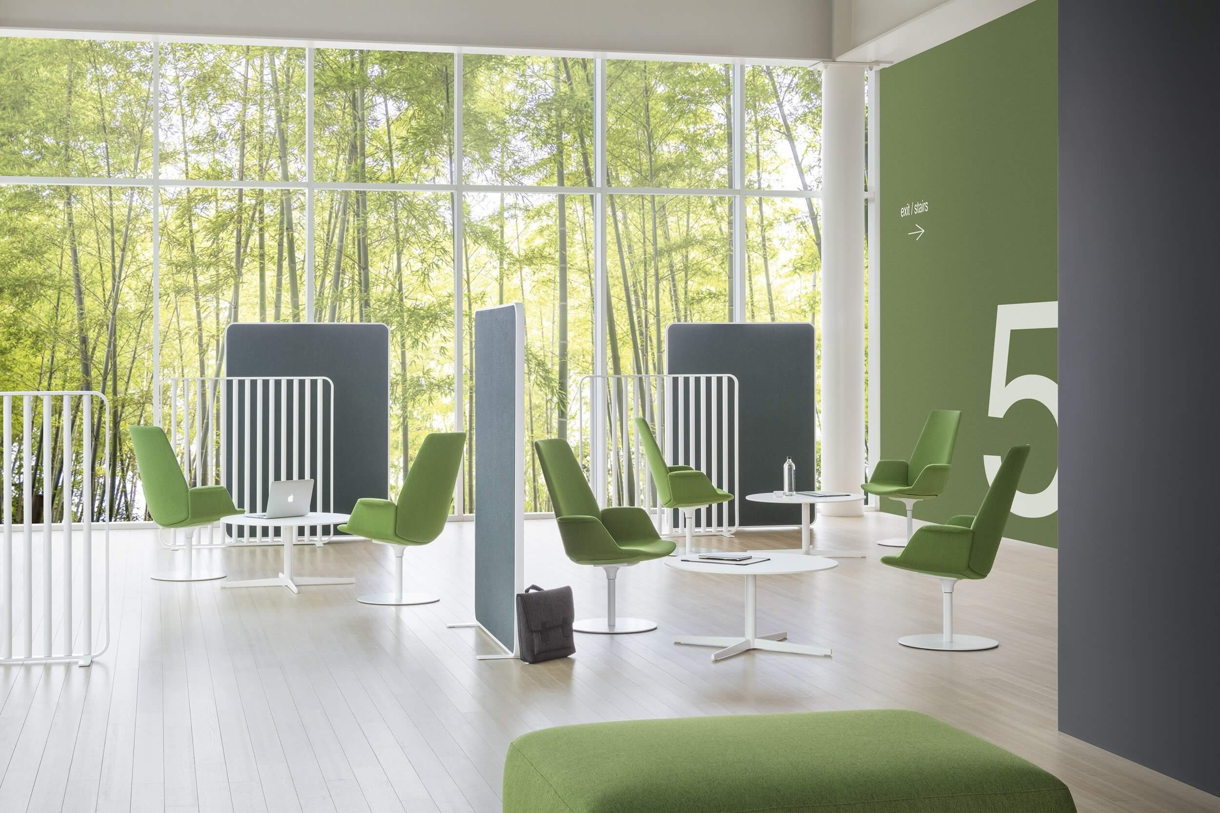 Chaise design espace détente et business.