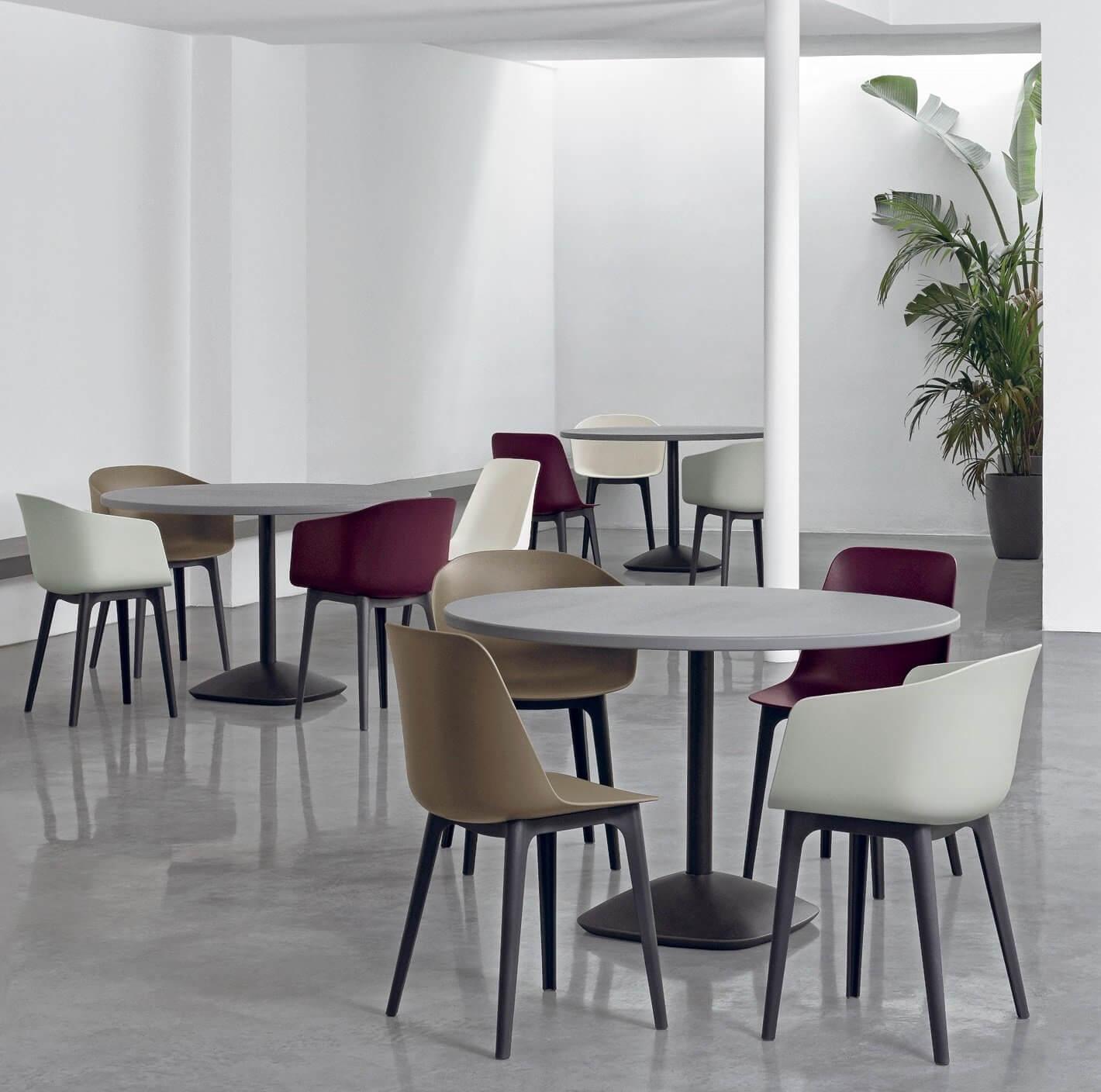 Chaise de cafétéria design éco-conçue
