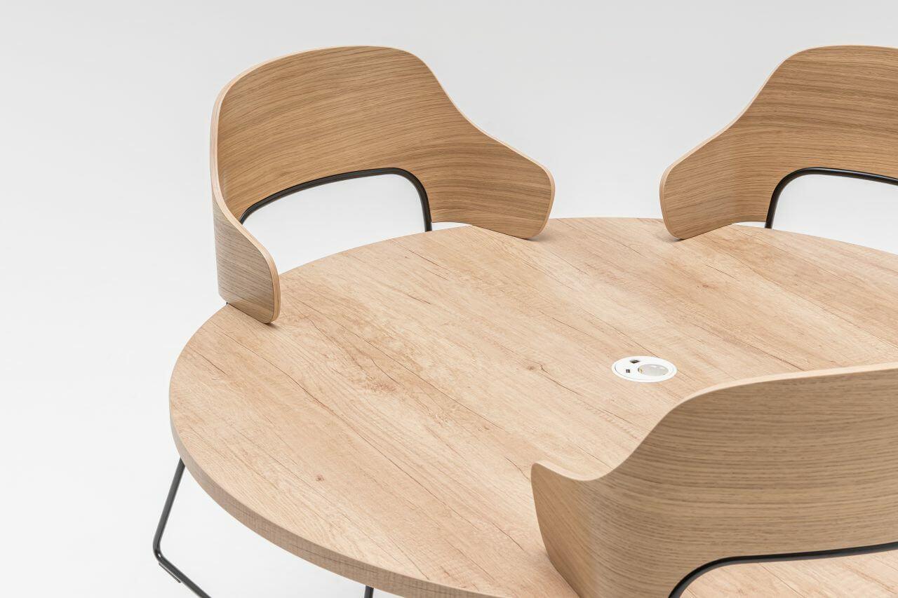 Chaise de restaurant design et moderne pour les pro.