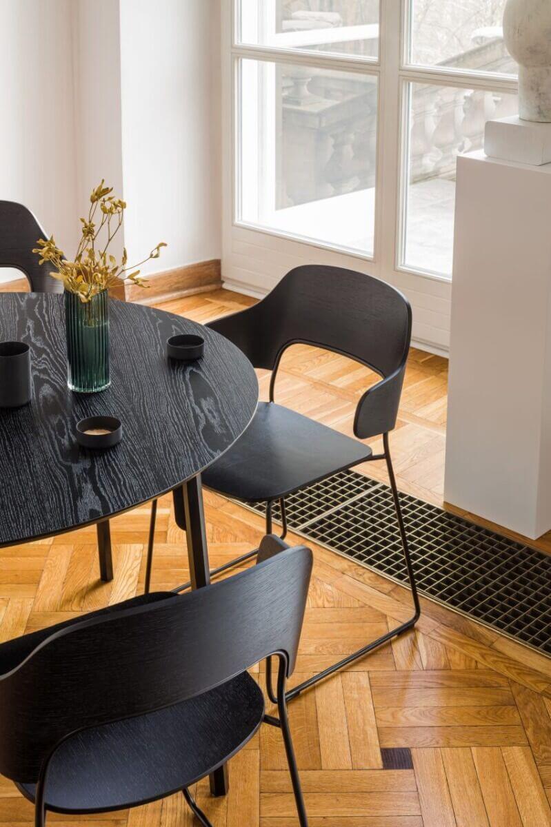Chaise de restaurant design pour les pro.