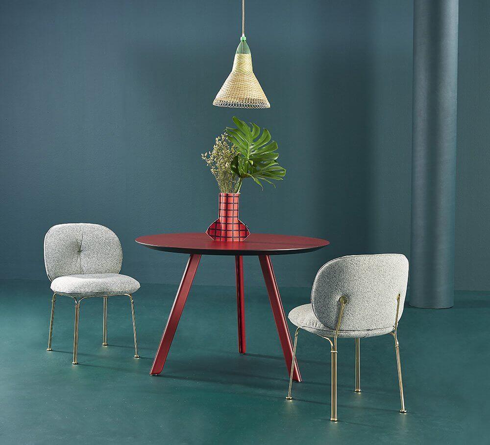 Chaise de réunion avec pieds dorés design