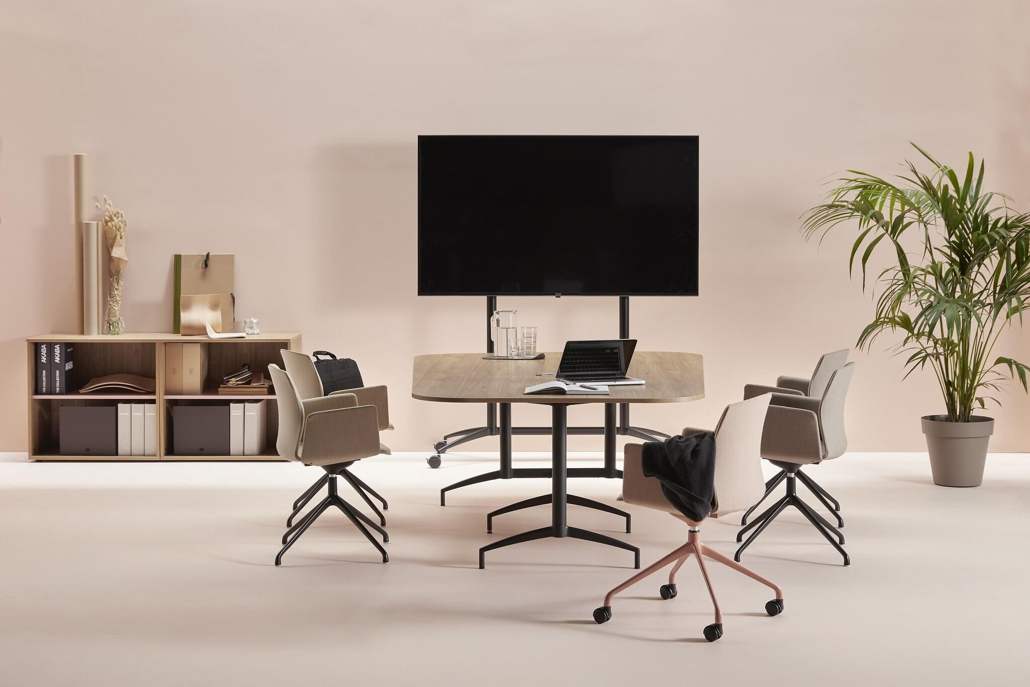 Chaise pour salle de réunion confortable et design KB.