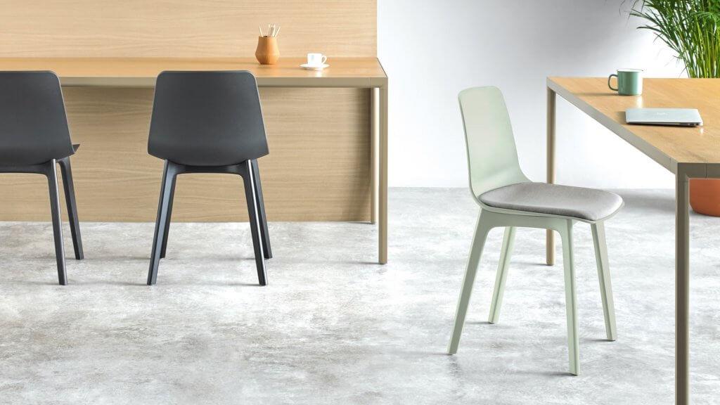 Chaise entièrement polypropylène