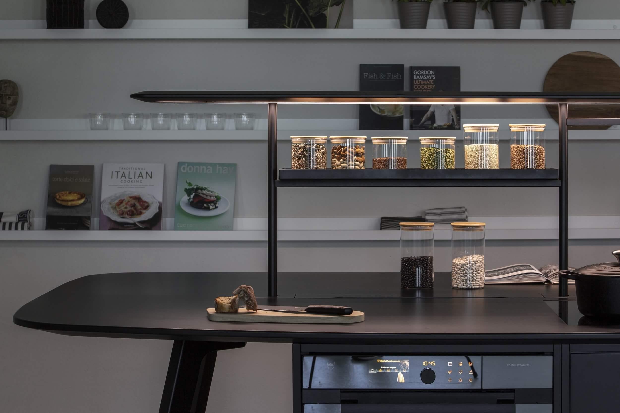 Mobilier design pour la cuisine d'entreprise WING KITCHEN