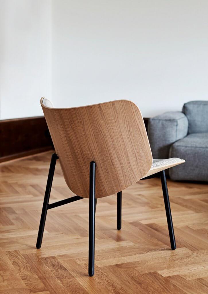 Fauteuil DAPPER avec dossier bois design