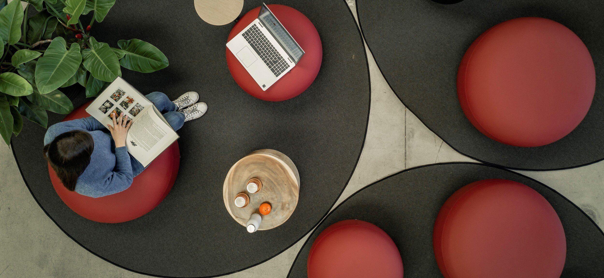 Pouf design forme ronde CODE
