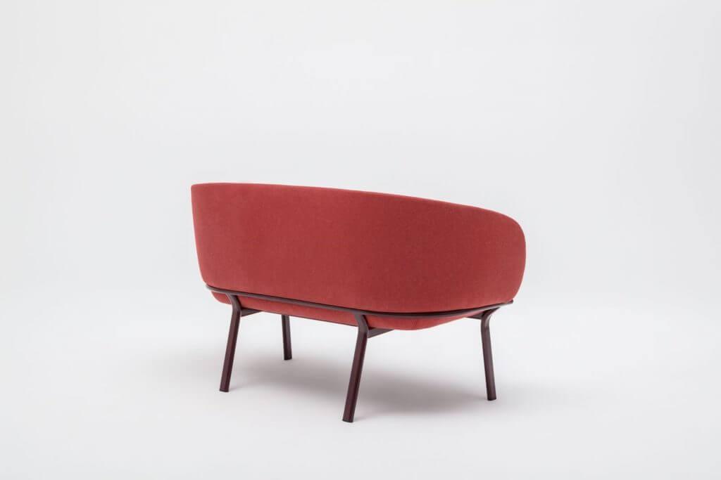 Petit canapé pour espace lounge