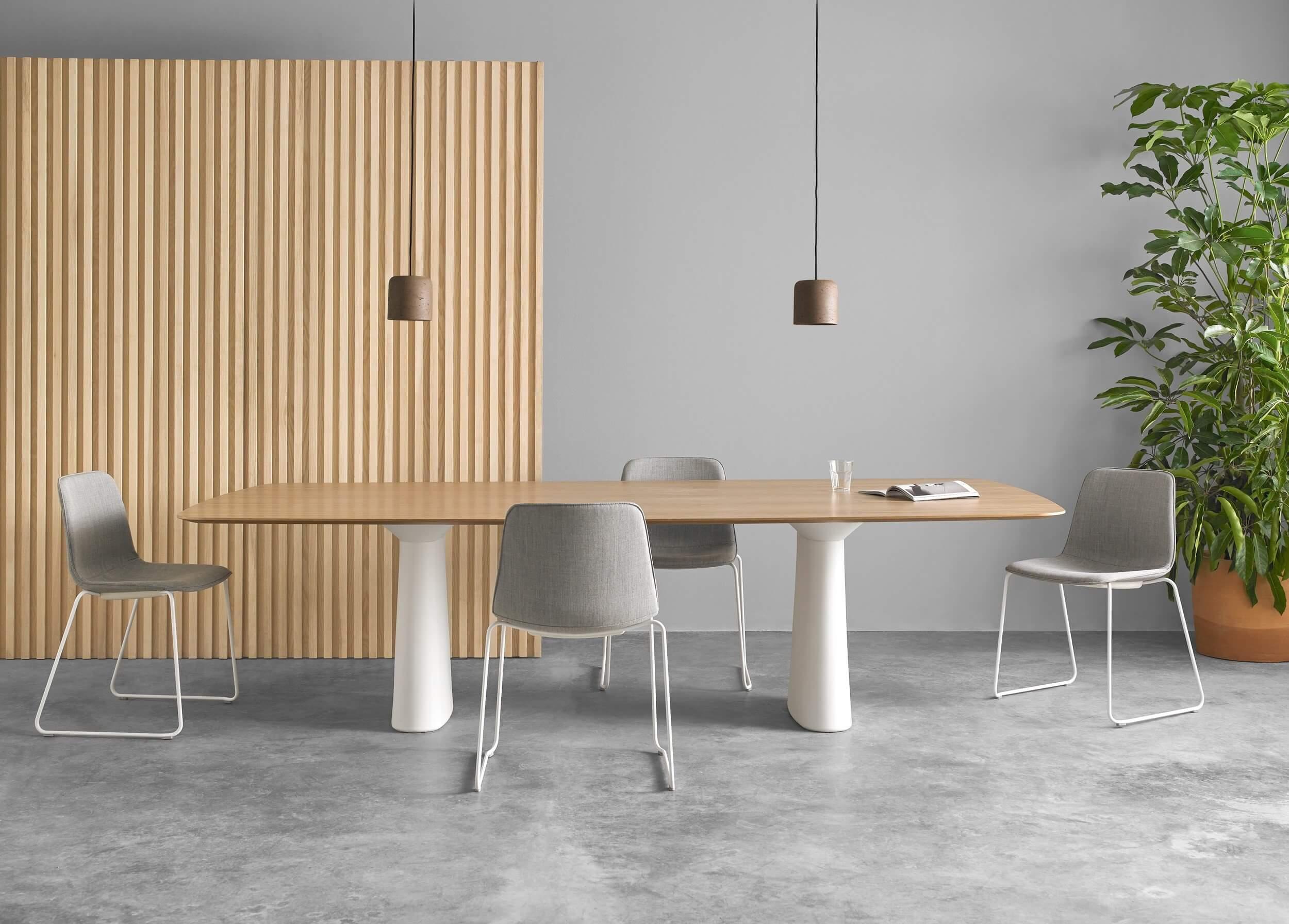 Grande table de réunion ovale SENS