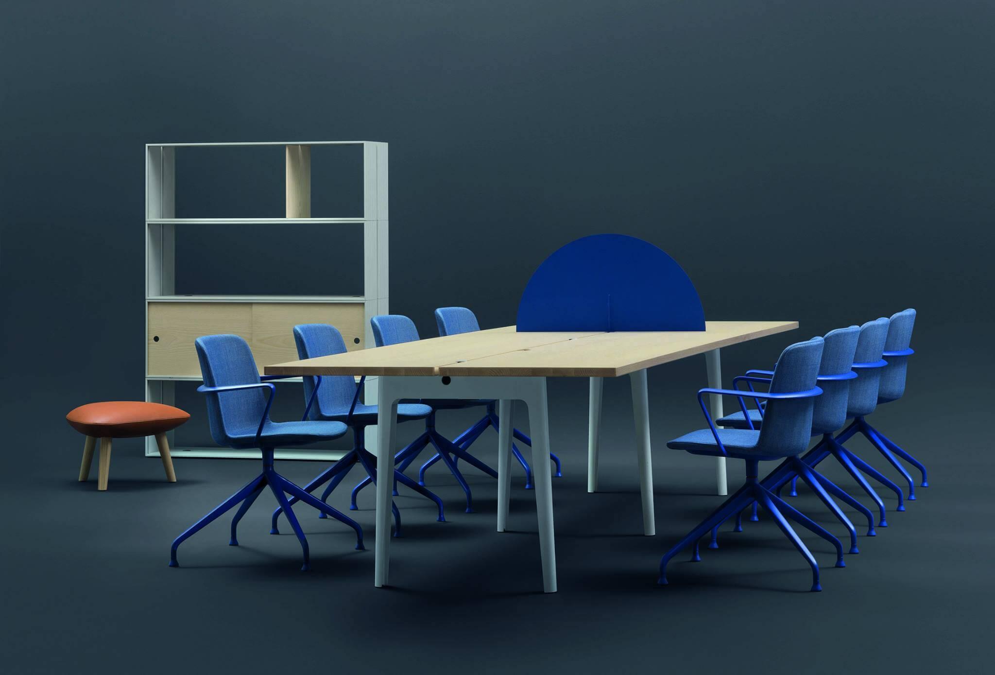 Grande table de réunion pour 12 personnes OFF