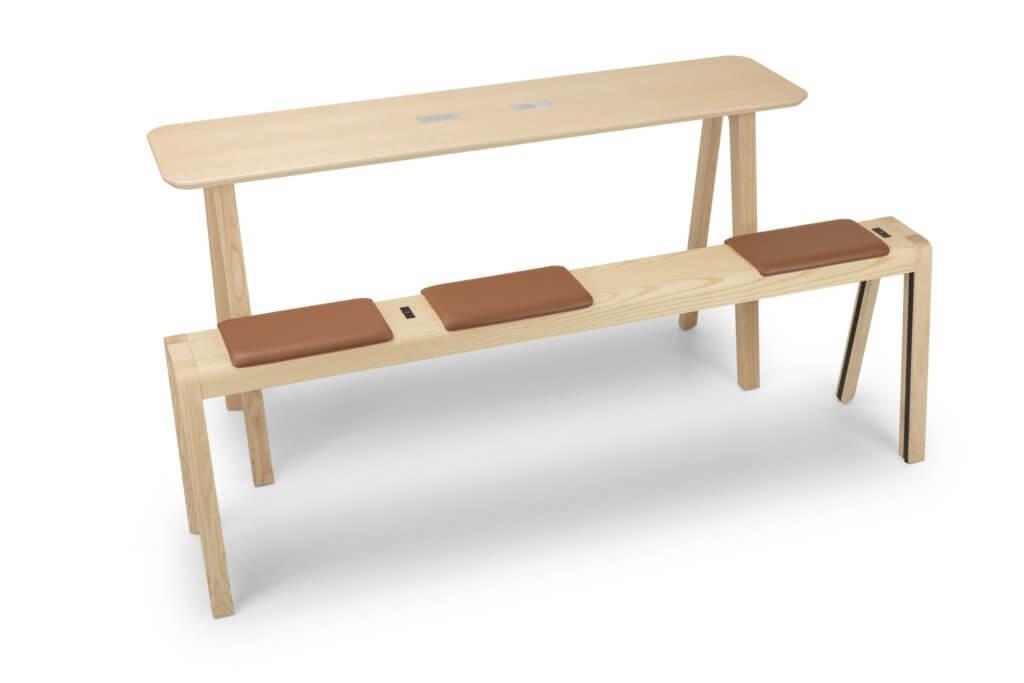 Table en bois massif de coworking