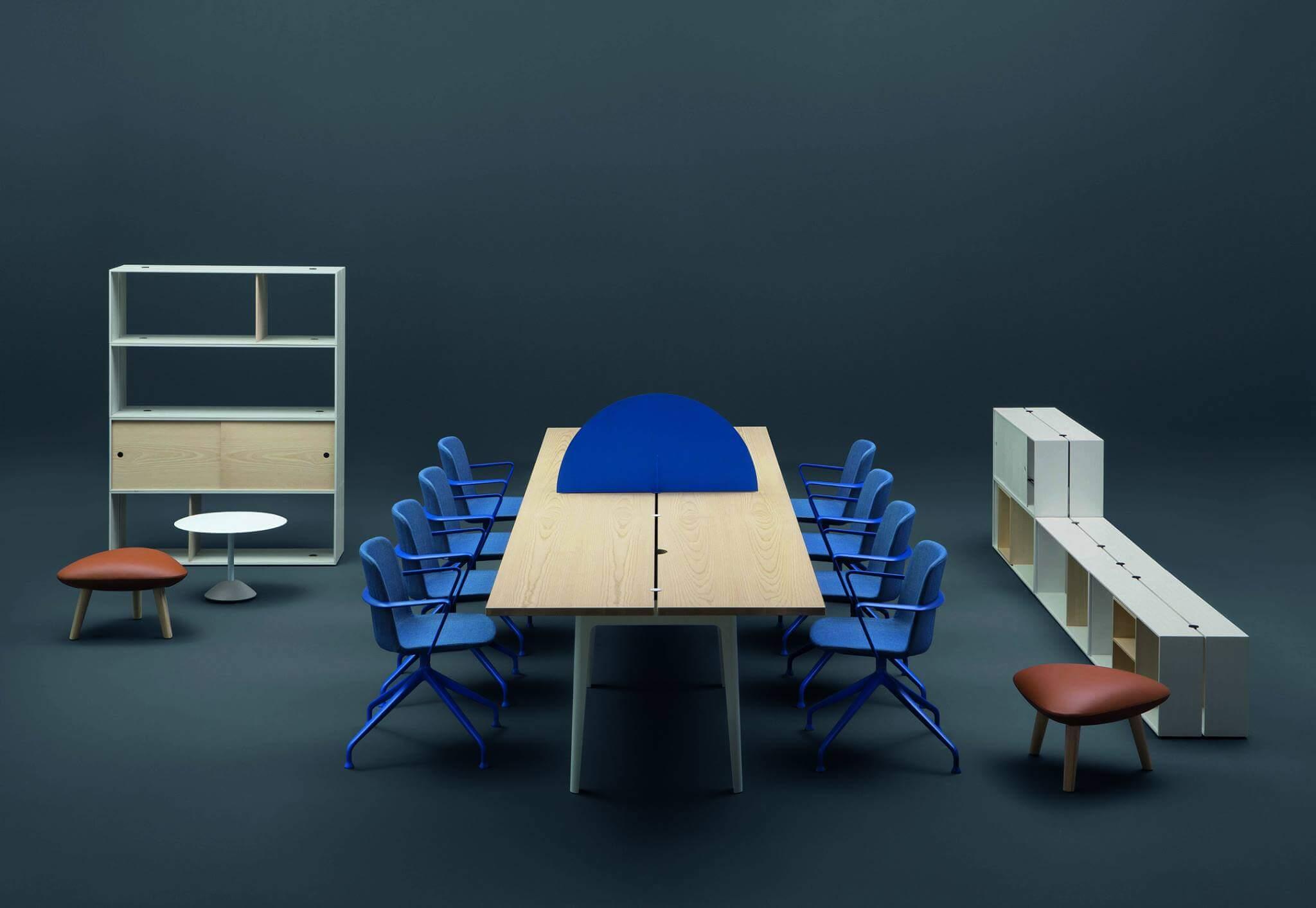 Grande table de réunion en bois OFF