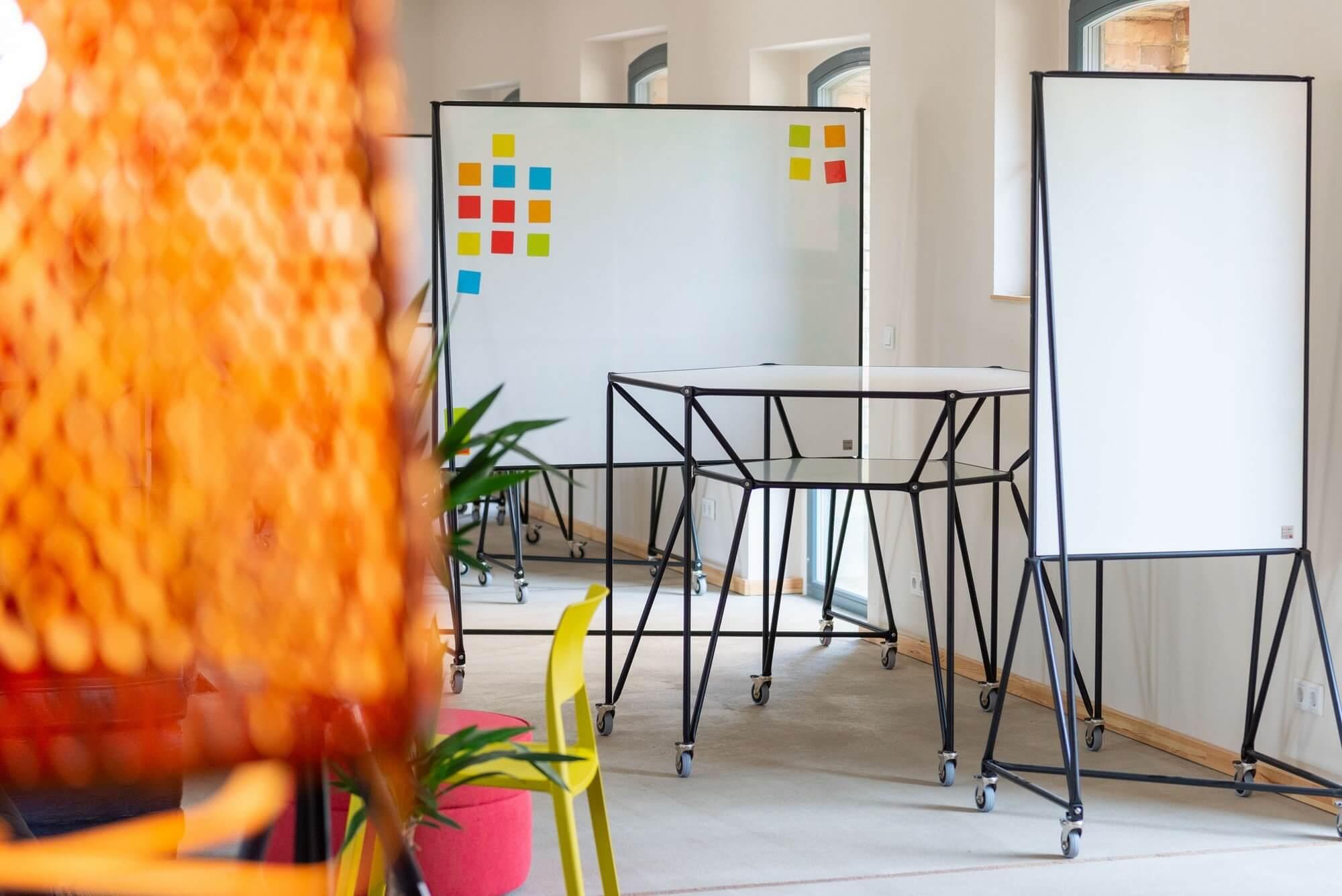 Table de réunion modulaire et design DT
