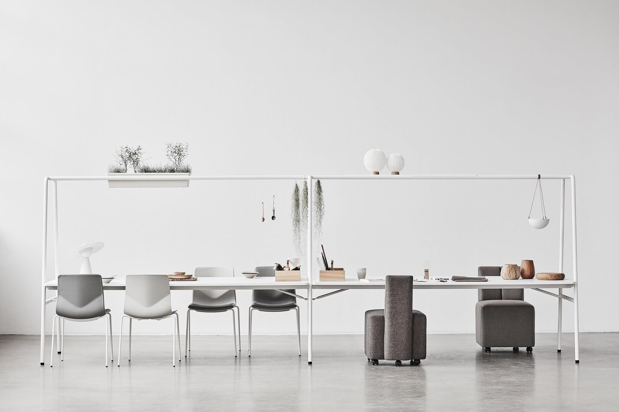 Table polyvalente pour les espaces de coworking ARCHE.
