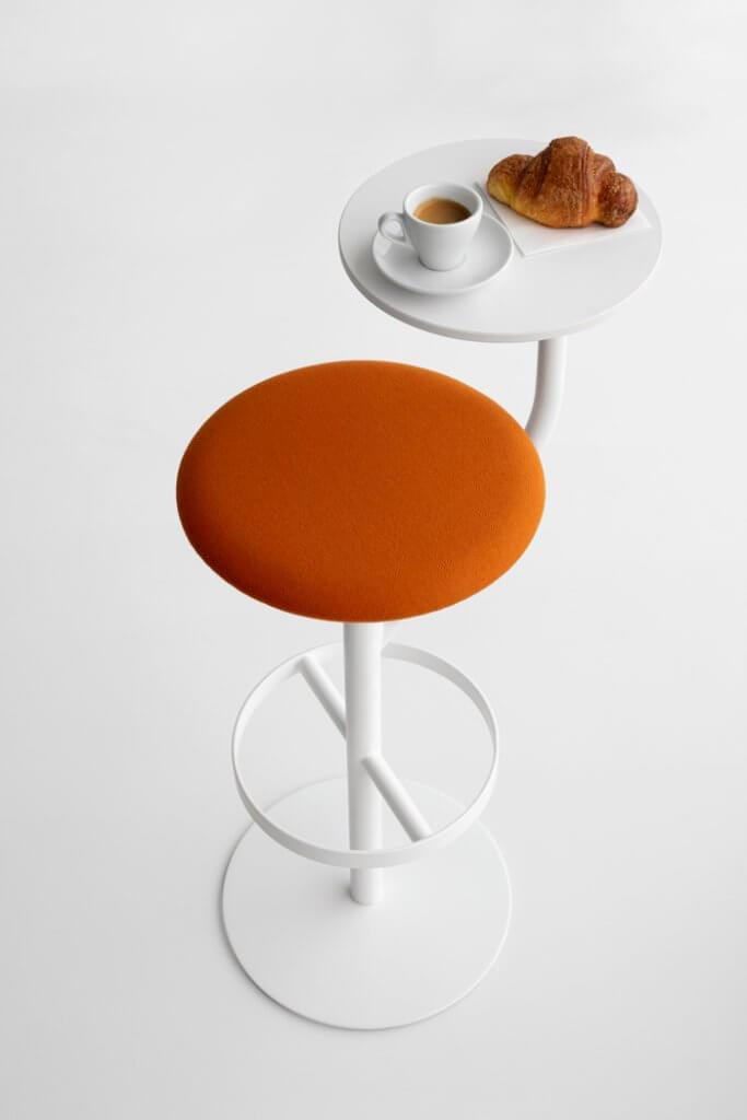 Tabouret avec petite table AARON