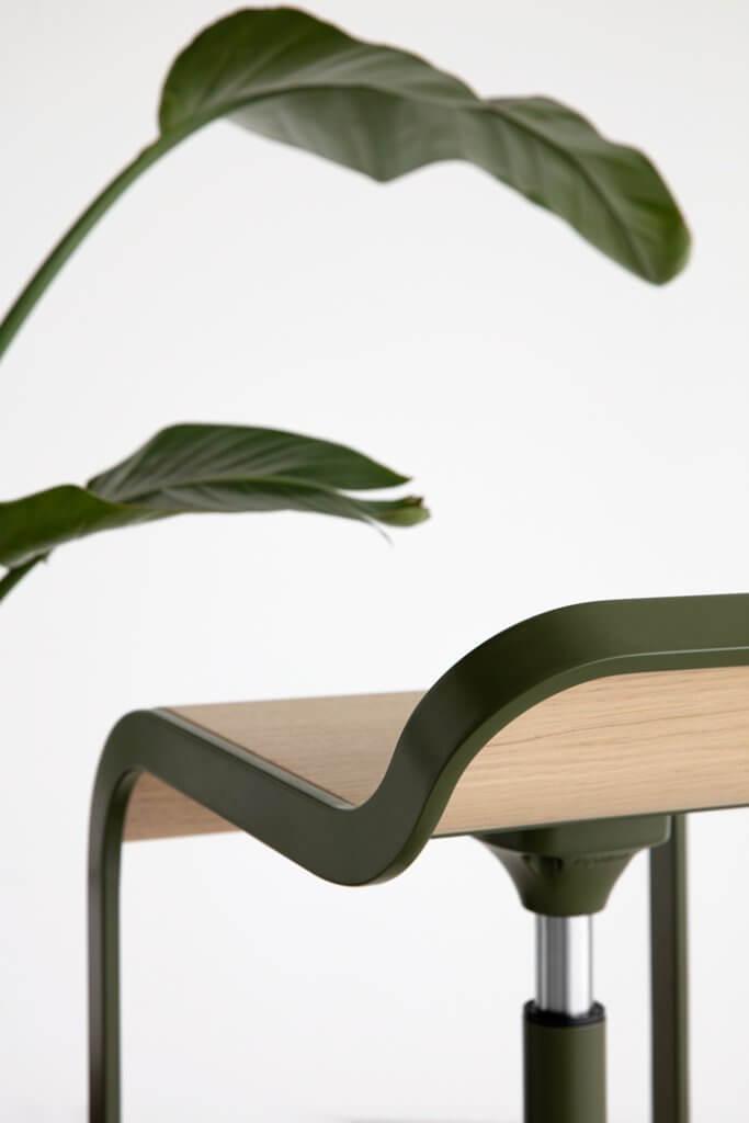 Tabouret et mange debout design pour terrasse design
