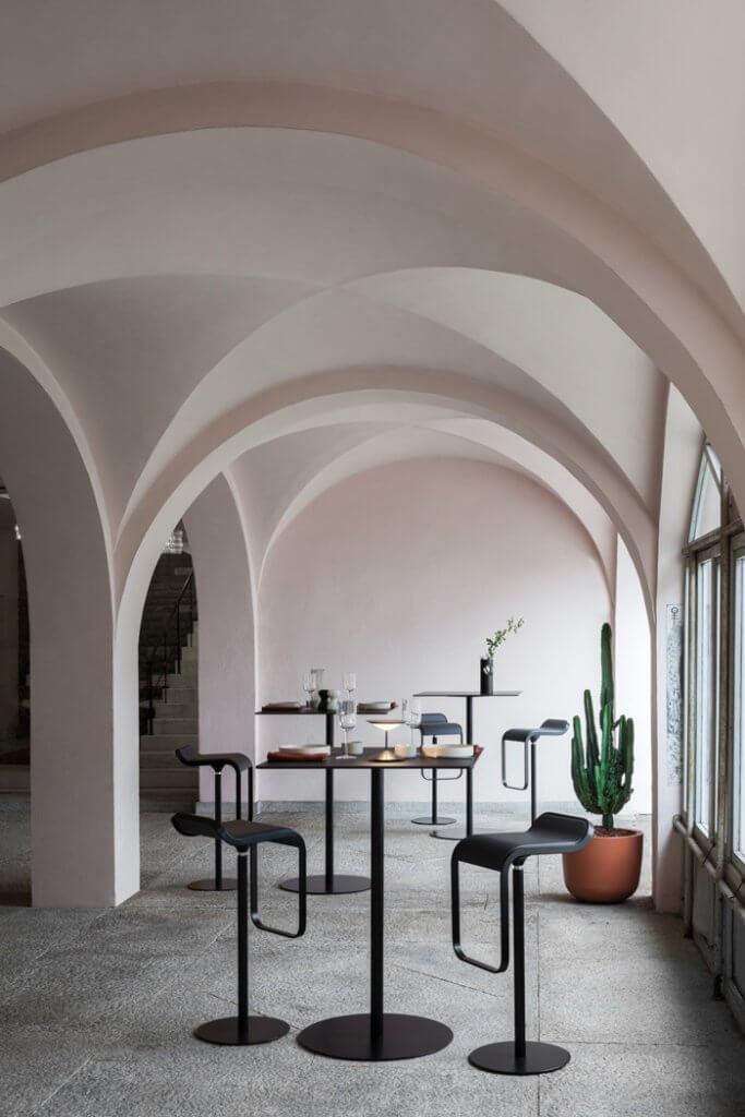 Tabouret design haut de gamme pour cafétéria et restaurant